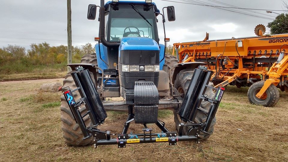 Pisa rastrojos New Holland